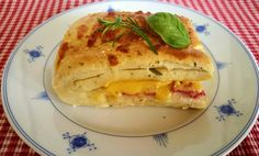 Norwegian Food, Norwegian Recipes, Ciabatta, Baked Goods, Quiche, Cheddar, Kefir, Baked Potato, Food And Drink
