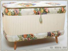 Wäschetruhe Hocker Truhe Wäschekorb aus den 50er-Jahren