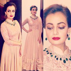 #DressUp #vintagestyle #FestiveMood #Dubai Outfit by @shantanunikhil Jewellery by @legacyfinejewellery Styled by @theiatekcha