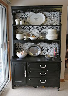 i love this hutch!