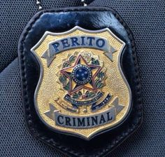 Perito Criminal, Chevrolet Suburban, Forensic Science, My Past, Forensics, Badge Holders, Porsche Logo, Dream Life, Police