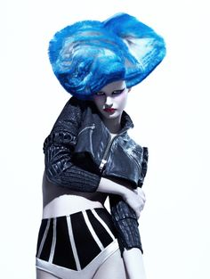"""Damien Carney Professional presents """"Head Case"""" Collection Creative Photography, Fashion Photography, Concept Photography, Photography Ideas, Style Bleu, Blue Is The Warmest Colour, Avant Garde Hair, Extreme Hair, Let Your Hair Down"""