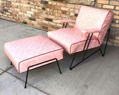 Pink patio chair with footstool ~ looks vintage ~ I want one!