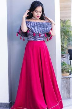 Long Dress Design, Dress Neck Designs, Stylish Dress Designs, Designs For Dresses, Blouse Designs, Indian Gowns Dresses, Indian Fashion Dresses, Indian Designer Outfits, Indian Outfits