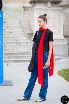 Cris Herrmann Street Style Street Fashion Streetsnaps by STYLEDUMONDE Street Style Fashion Photography