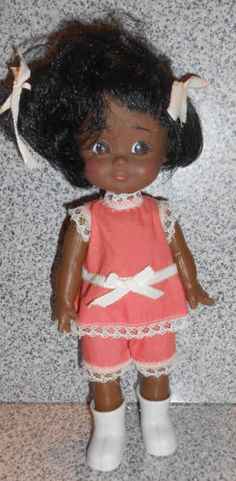 Vintage-rubber-plastic-made-in-Hong-Kong-doll-original-outfit-Adorable-9-5-034