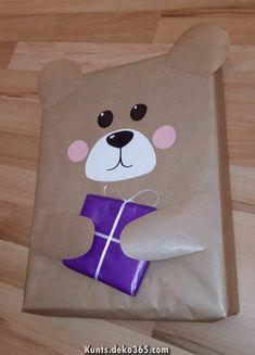 Gift Gift Present Bear Animal Kids Bear Kids Packaging .- Gift Gift Present Bear Animal Kids Bear Kids Packaging DIY - Creative Gift Wrapping, Creative Gifts, Cute Gift Wrapping Ideas, Wrapping Presents, Gift Ideas, Presents For Kids, Gifts For Kids, Homemade Gifts, Diy Gifts