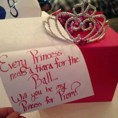 make you feel like a princess promposal, funny prom invites, funny prom, prom