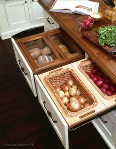 pull out veggie drawers