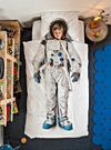 Snurk collection from Amsterdam exclusively in Canada at Simons Maison   Creative and unique design for the apprentice astronaut room who will dream far beyond the stars under this duvet cover set with its space suit print. Houston, we are ready for lift off!   The set includes:   Twin : 1 duvet cover 66