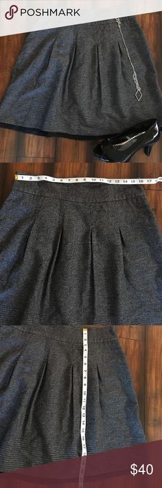 Ann Taylor wool skirt EUC. Please see pics. Sparkly stitching detail. Black under layer. Very cute!! Ann Taylor Skirts