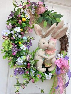 60 Easy DIY Easter Wreaths & Door Decorations You'd be Itching to Try Right Now - Hike n Dip Easter Flower Arrangements, Easter Flowers, Easter Colors, Easter Tree, Easter Bunny, Easter Eggs, Spring Decoration, Diy Wreath, Grapevine Wreath