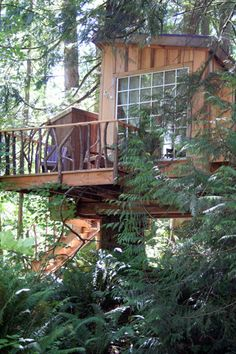 The Nest - Tree house Exterior by TreeHouse Point, via Flickr