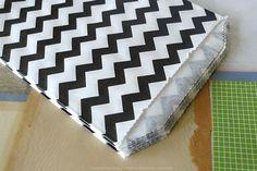 Cute Thin Stripe Chevron Pattern Paper Favor Bags