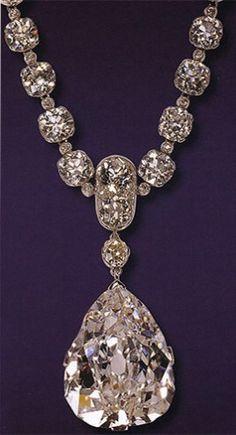 Cartier und Amerika - Star of South Africa Diamant - Deleuse Fine Jewel… - Diy. - Cartier und Amerika – Star of South Africa Diamant – Deleuse Fine Jewel… – Diy Jewelry Proj - Royal Jewelry, Tiffany Jewelry, Beaded Jewelry, Fine Jewelry, Gemstone Jewelry, Women's Jewelry, Glass Jewelry, Luxury Jewelry, Handmade Jewelry