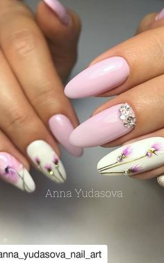 The Fairest Pink Manicure of the Summer - therezepte sites Popular Nail Designs, Popular Nail Art, Simple Nail Art Designs, Best Nail Art Designs, Colorful Nail Designs, Chic Nail Art, Trendy Nail Art, Stylish Nails, Nail Drawing