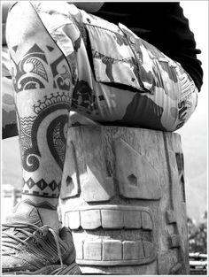Mens Leg Tribal Tattoo