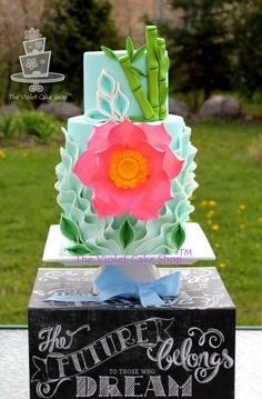 LOTUS Mother's Day Cake - Super Cake Moms Collaboration - Cake by Violet - The Violet Cake Shop - CakesDecor