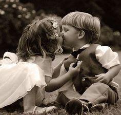 【可愛い】子供のキス【海外】72選 1/2更新 - NAVER まとめ