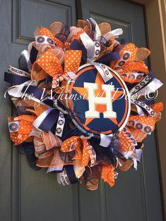 Houston Astros Decomesh Wreath Baseball Wreath by TheWhimsicalDoor Baseball Wreaths, Sports Wreaths, Football Wreath, Diy Wreath, Wreath Making, Wreath Burlap, Wreath Ideas, Arts And Crafts, Diy Crafts
