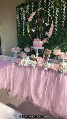 Baby Shower Decorations 779967229199462757 - Rustic garden baby shower/ butterfly garden Source by Baby Shower Floral, Idee Baby Shower, Butterfly Baby Shower, Baby Girl Shower Themes, Girl Baby Shower Decorations, Baby Shower Princess, Baby Shower Centerpieces, Butterfly Birthday, Sweet 15 Decorations