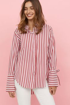 Shirts and Blouses – Latest Fashion Trends Online H&M H … – Shirt Types Crisp White Shirt, White Shirts, Red And White Stripes, Red Shirt, Types Of Shirts, Shirt Types, Shirt Shop, Shirt Blouses, Women's Shirts