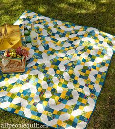 Go FOUR It! April 2015 American Patchwork and Quilting #apqquiltalong www.aprilrosenthal.com