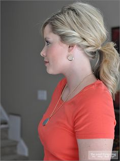 Twisty Ponytail..this is my FAVORITE blog ever! tons of tutorials! Kate is AWESOME!