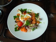 Insalata di cozze uovo e carote mayonese all'acciuga . Gino D'Aquino ^ _ * ^ _ * ^ _ *