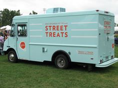 jeni's food truck-I wish there was one in Chicago.  It's so delicious.