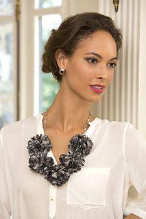 Bella Rose Necklace... Free pattern!