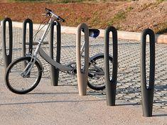 GroundLevel fietsparkeerrekken model Coser y Cantar / Oog van de Naald. #fietsnietje #fietsparkeren