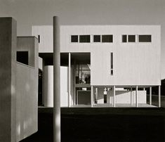 Weinstein House | 1969-1971 | Old Westbury, New York | Richard Meier