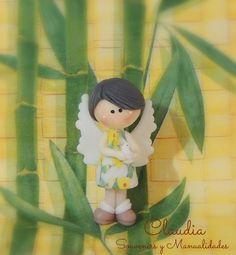 Angelita con detalles en decoupage .- Creative Area, Decoupage, Tinkerbell, Disney Characters, Fictional Characters, Disney Princess, Pasta, Diy, Animals And Pets