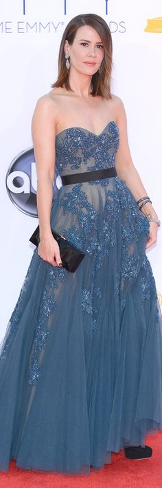 Sarah Paulson in Reem Acra    The House of Beccaria