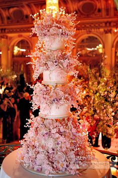 Breathtaking wedding cake! Photo by Brian Dorsey Studios