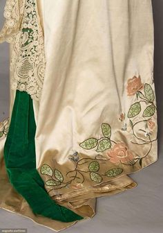 Trained Gowns (image 8) | 1912 | satin, Brussels lace | Augusta Auctions | April 20, 2016/Lot 205