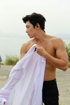 I don't usually pin this type of picture but lets just call it fitness motivation. Ji Chang Wook