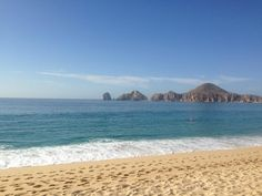 Medano Beach | Hosts one of the most privilege views of Land's End.  #Cabo #Beach #LosCabos #Vacation http://visitloscabos.travel/