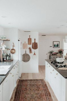 Coastal Meets Boho In This One-Of-A-Kind Home   Glitter Guide #kitchen Interior Modern, Home Interior, Interior Design Kitchen, Kitchen Designs, Interior Livingroom, Home Decor Kitchen, New Kitchen, Home Kitchens, Kitchen Ideas