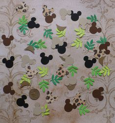 Mickey Mouse Safari Hat Frond Leaf Head Shapes Die Cuts for Tags Confetti Garland Cupcake Picks DIY Kids Crafts Birthday Party Decorations Kids Birthday Crafts, Safari Birthday Party, Birthday Table, Diy Birthday, Kids Crafts, Birthday Ideas, Safari Hat, Safari Theme, Safari Party Decorations