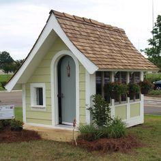 Backyard shed plans outdoor playhouses Ideas Backyard Sheds, Backyard Retreat, Villas, Farmhouse Sheds, Patio Grande, Cheap Sheds, Loft Plan, Build A Playhouse, Playhouse Ideas