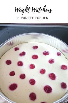 Skyr Raspberry Cake - Zero Points Cake by Weight Watchers Watchers 0 -. - Skyr Raspberry Cake – Zero Points Cake by Weight Watchers Watchers 0 point cake with ras - Weight Watchers Kuchen, Weight Watchers Desserts, Low Carb Desserts, Healthy Desserts, Snack Recipes, Dessert Recipes, Snacks, Law Carb, Raspberry Cake