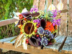 #fallwedding #goldaccents