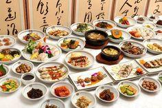 한정식(Hanjeongsik)  Hanjeongsik is a full-course Korean meal with an array of savory side dishes!!!!!  Usually the course starts with a cold appetizer and gruel, and the main dishes include dishes mixed with seasoning either grilled, boiled, steamed, fried, or salted. Hot pots are included as well, and after the meal traditional punches such as Sikhye(sweet rice punch) or Sujeonggwa(cinnamon-persimmon punch) and other desserts may be served.
