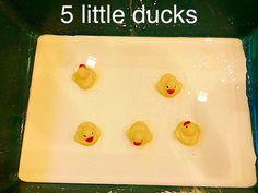 Nursery rhymes - jelly on a plate