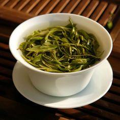 Kolik čar máte na zápěstí? Pokud máte 2 nebo 3, měli byste o sobě vědět tohle! - Japchae, Green Beans, Spinach, Fitness, Vegetables, Ethnic Recipes, Vegetable Recipes, Veggies