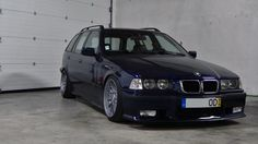 Portuguese montreal blue BMW e36 touring on OEM BMW Styling 32 (205/40 8x17 + 215/40 9x17)