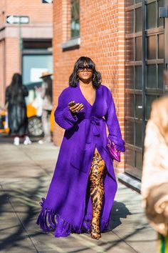 The Best New York Fashion Week Street Style - Karya Schanilec Photography New York Fashion Week Street Style, Nyfw Street Style, Cool Street Fashion, Street Chic, Fashion Clothes, Girl Fashion, Fashion Outfits, Fashion Trends, New Yorker Mode