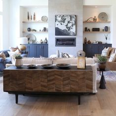 Stylish sideboards for every budget, taste and room - Wohnzimmer neu - Console Table Couch Storage, Living Room Storage, Living Room Sofa, Interior Design Living Room, Living Room Designs, Dining Room, Kitchen Interior, Console Table Behind Sofa, Wall Behind Sofa